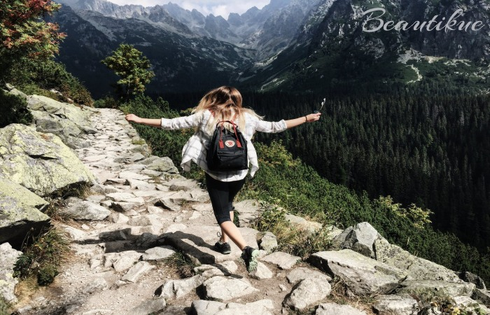Hiking Makes you Healthy and Happy